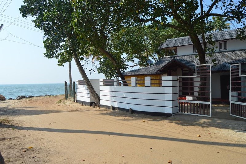 Dad's Spiaggia, vacation rental in Athirappilly
