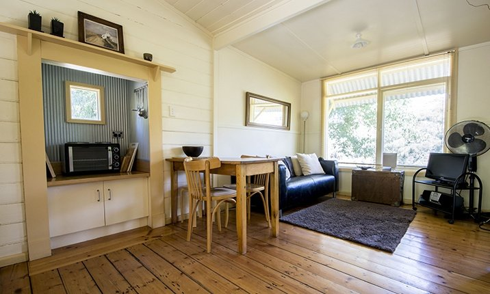 Kahi - Cosy open plan cottage