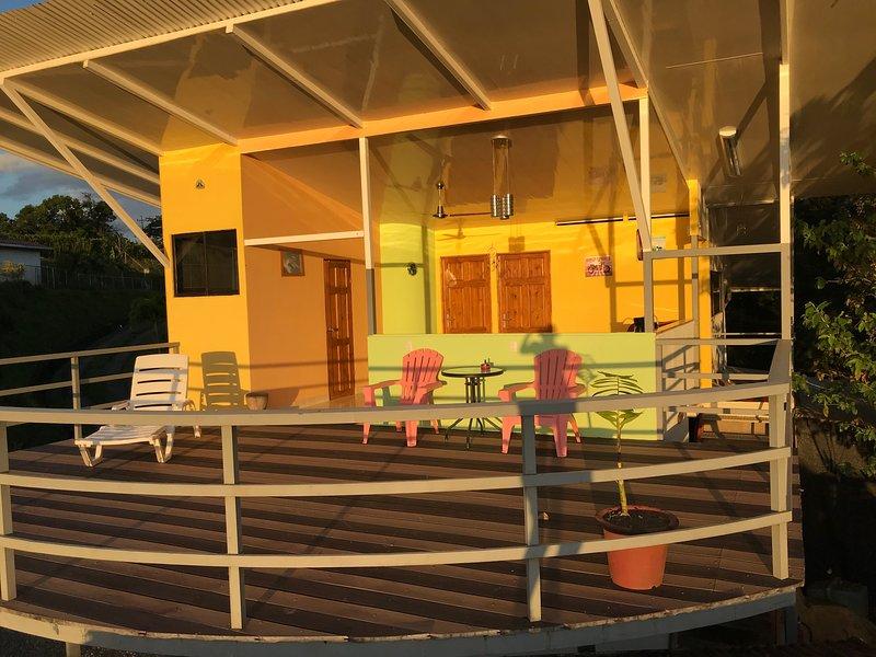 Casa Lobo, Casita Tico, aluguéis de temporada em Cano Negro