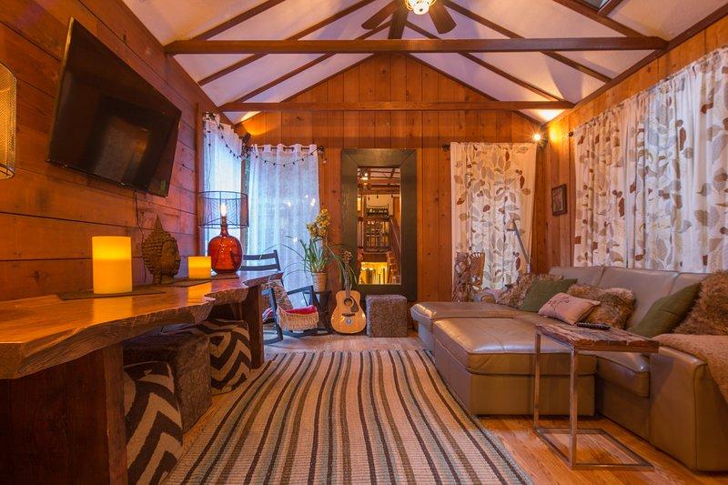 Tree house Hideaway, vacation rental in Duncans Mills