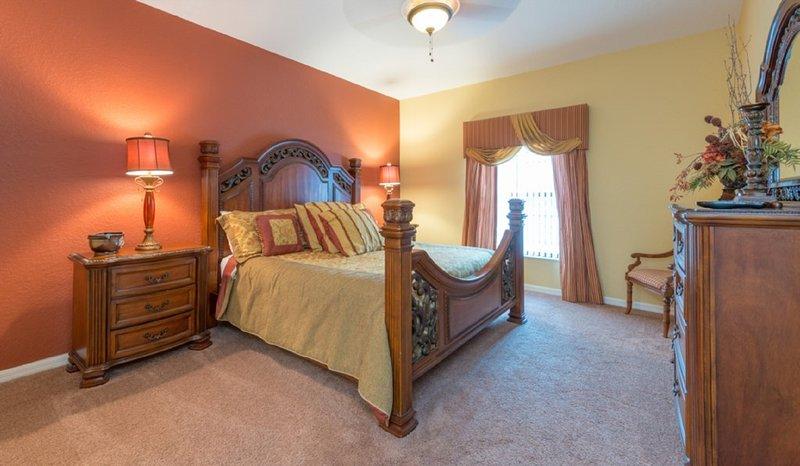El dormitorio principal # 1 (REY)