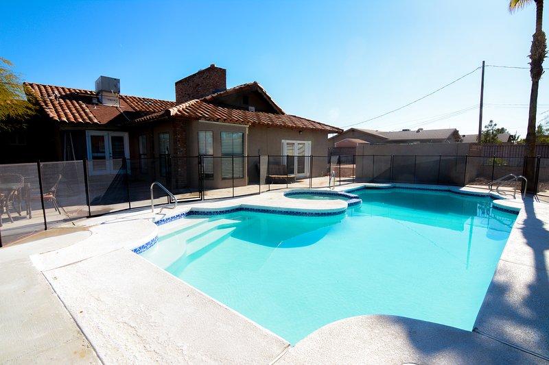 piscina cerrada climatizada y spa