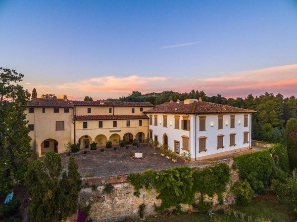 ANTICA DIMORA COUNTRY CASTLE ALICA, holiday rental in Capannoli