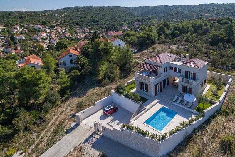 Luxury Villa Perfecta - Brac - Splitska, location de vacances à Splitska