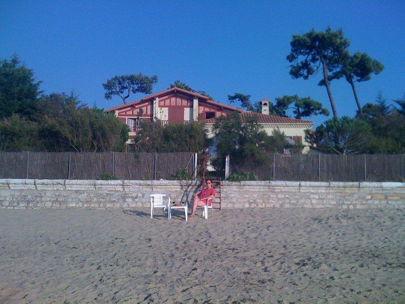 Villa basque les pieds dans l'eau. Accès direct à la mer.8 chambres14 couchages., vacation rental in La Tremblade