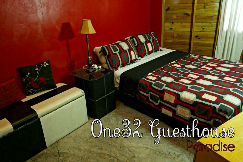One32 Guest House Paradise - Bedroom 2, holiday rental in Port Royal