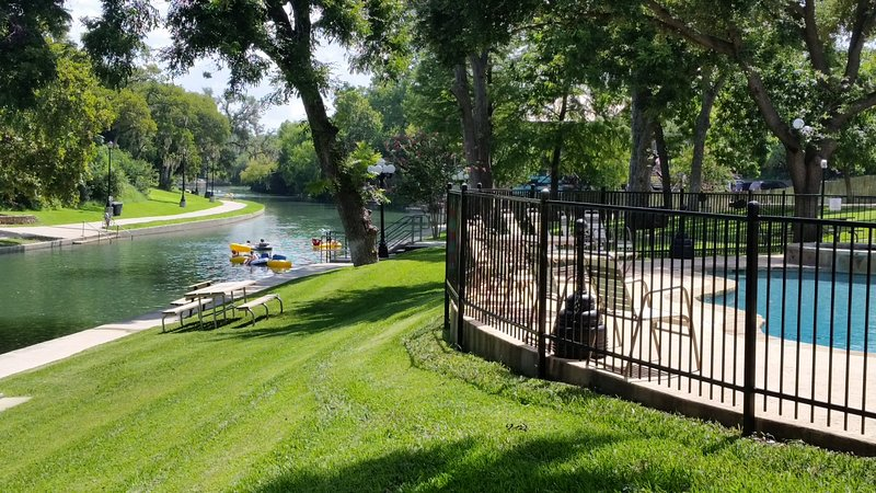 Condo On The Comal River In New Braunfels Near