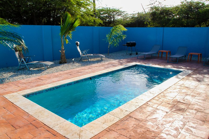 Cas di Soño Summer Breeze 3 Bedroom 3 bath Pool Home, holiday rental in Noord