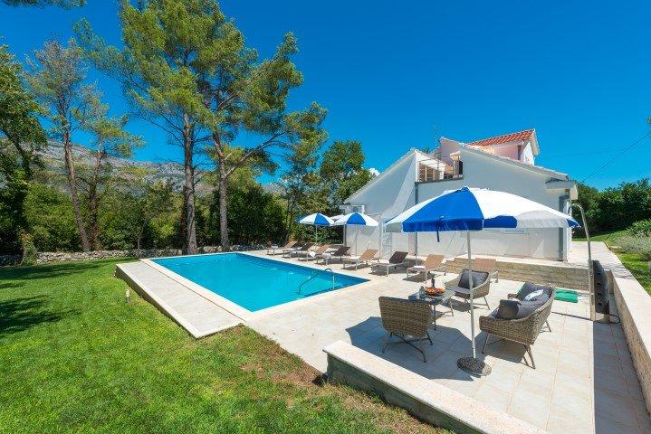 Villa Family Gruda – Holiday villa with pool in greenery, Gruda, Dubrovnik, holiday rental in Zastolje