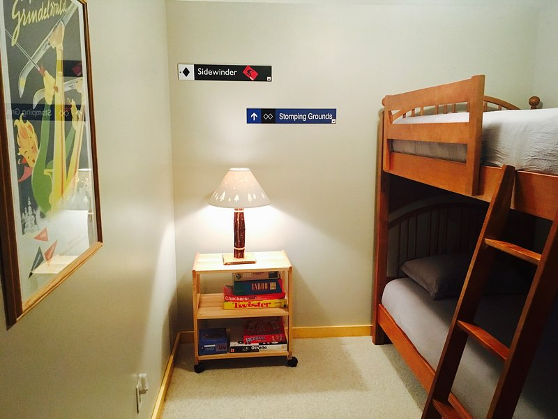 Alcove with Bunk