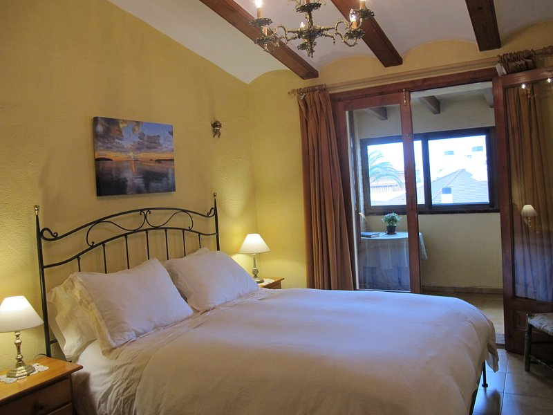 Casa Ceres: Charm and Comfort by the Sea, vacation rental in Denia