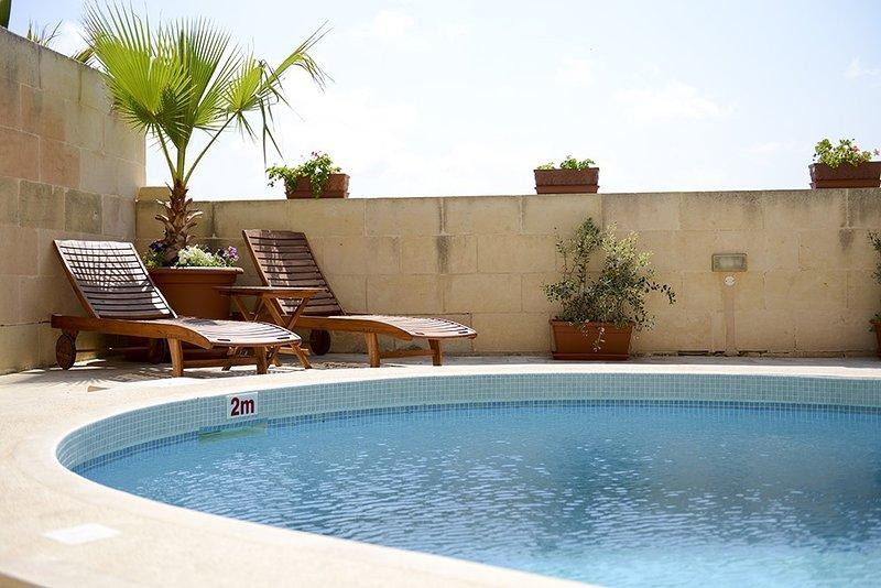 quer relaxar e visitar bela Gozo numa zona tranquila do que isso é o que você está procurando !!