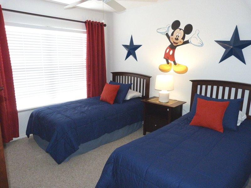 WOW! Mickey welcomes you to 'Fun In The Sun!'