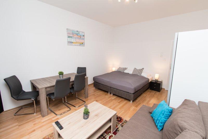 checkVIENNA - Familienplatz 1 bedroom, holiday rental in Oberkirchbach