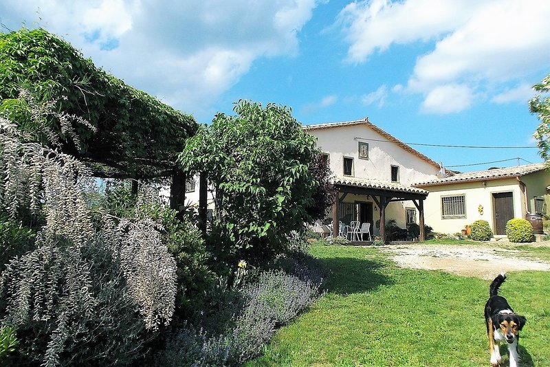 The Cottage is the west wing of the old farmhouse of Can Torras