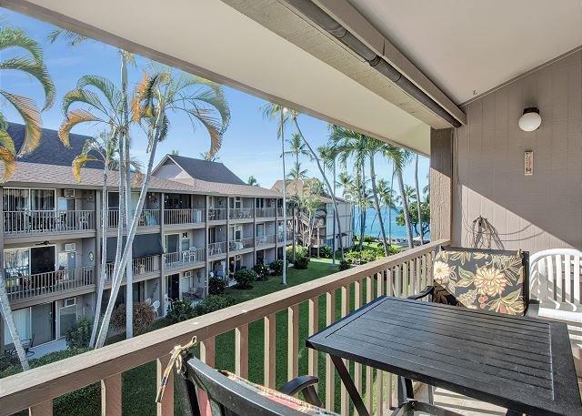 Kona Isle B31 Top Floor, Oceanview, & AC!!!, location de vacances à Kailua-Kona