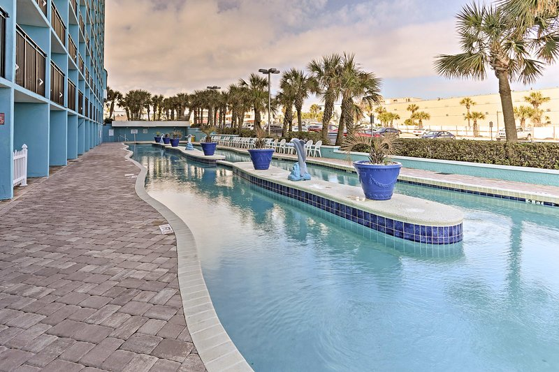 Enjoy your stay at this Myrtle Beach 1-bedroom, 1.5-bath vacation rental condo!