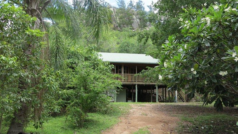 Kameruka - Arcadia, QLD, holiday rental in Arcadia