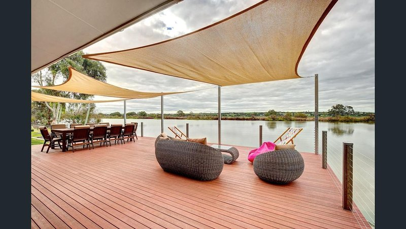 Willow Banks on the Water, holiday rental in Murray Bridge