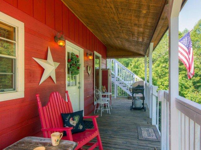 Rotolarsi nel fieno veranda coperta