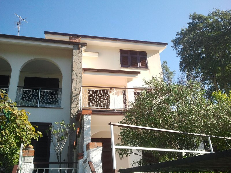 bilocale vicono alle 5 Terre, vacation rental in Framura
