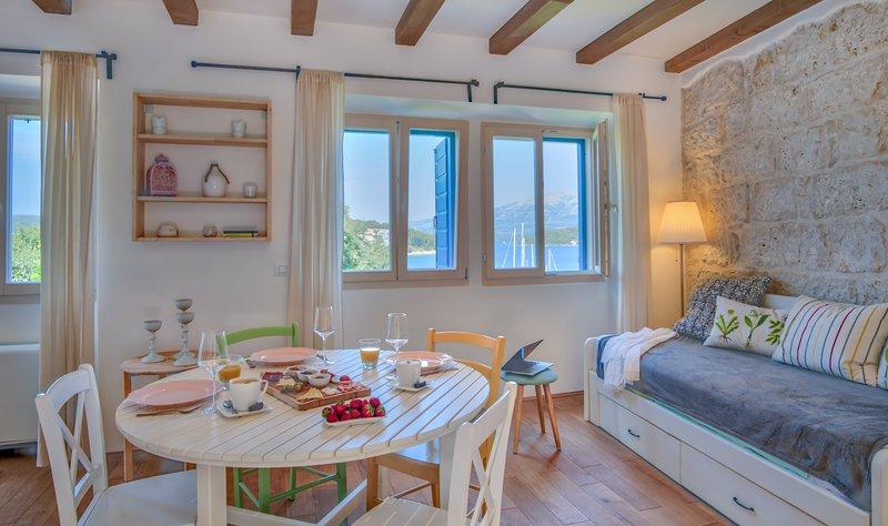 ECO Aparthotel 'The Dreamers Club' - Apartment Garden (2+2), location de vacances à Lumbarda