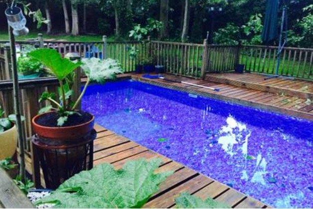 Heated swimming pool, hot tub and games room