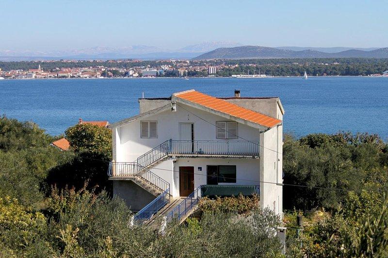 Two bedroom apartment Tkon, Pašman (A-5827-b), holiday rental in Tkon