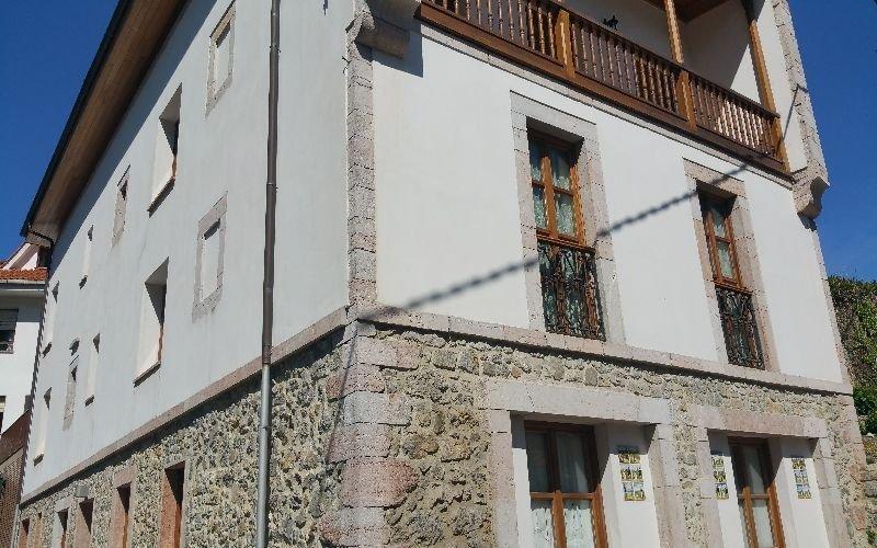 Maravilloso piso duplex en Llanes, vacation rental in Puertas De Vidiago