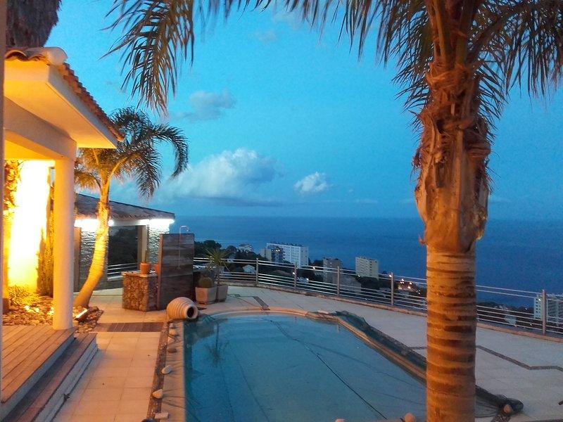 Amazing villa with swimming-pool, casa vacanza a Ville-di-Pietrabugno