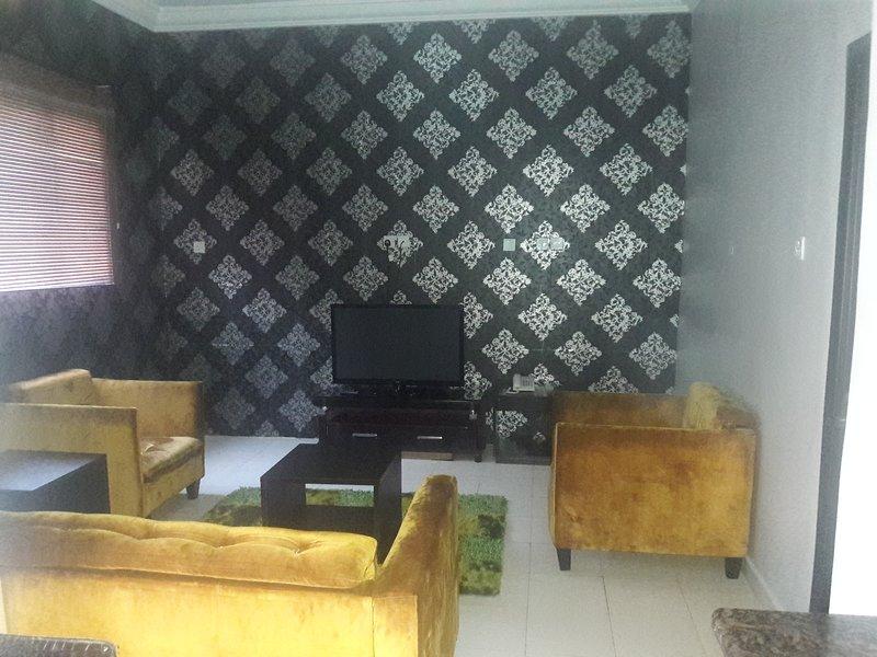 TIPTON HOUSE 2 BEDROOMS EXECUTIVE SUITE, casa vacanza a Lagos