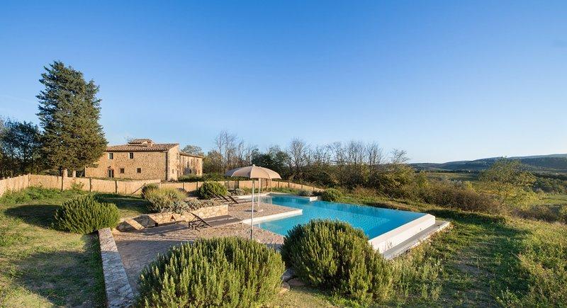 Cignanbianco Villa Sleeps 10 with Pool and Air Con - 5227041, holiday rental in San Leonino