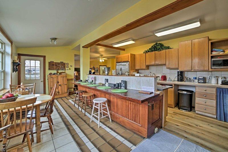 Questa bella casa si trova a soli 10 minuti dal Lago Erie!