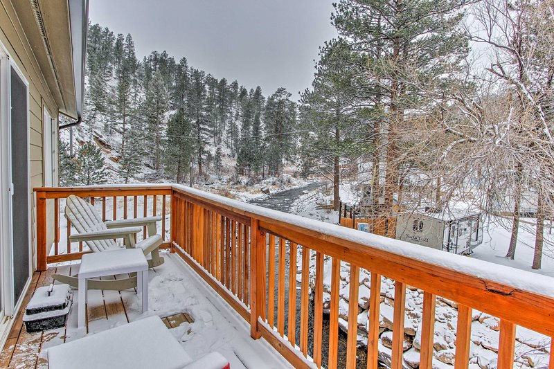 Your ultimate alpine adventure begins with 'Fisherman's Dream,' a 2-bedroom, 1-bath Drake vacation rental house!