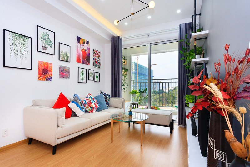 KIRAKUAN LUXURY 2 BR Designer's flat with GYM/POOL, holiday rental in Ho Chi Minh City