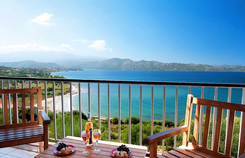 Amazing apt near the beach, vacation rental in Saint Florent