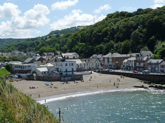 Happy Seaside Days at Cornwall House in Combe Martin, Devon Sleeps up to 6, vacation rental in Exmoor National Park