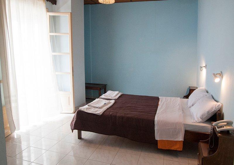 Apraos Bay Hotel In Kalamaki Beach- peaceful area with great sea view, holiday rental in Apraos