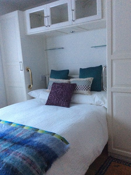 Self catering apartment 25 minutes from central london, vacation rental in Westerham