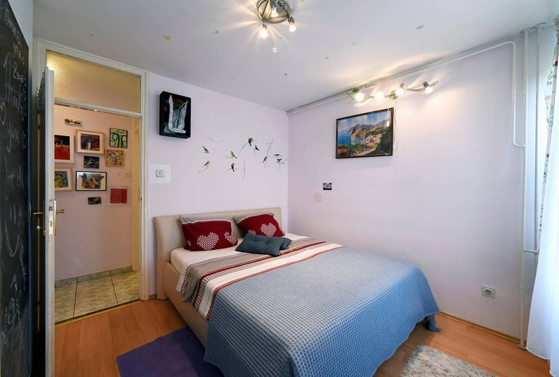 Charming apartment in Novi Zagreb, holiday rental in Velika Gorica
