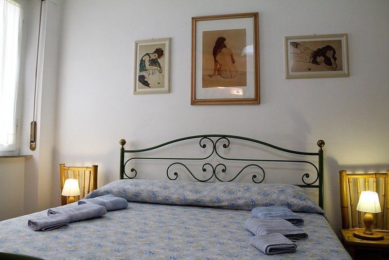 Affittacamere Cisanello Pisa - Camera Matrimoniale Yang, holiday rental in Ghezzano