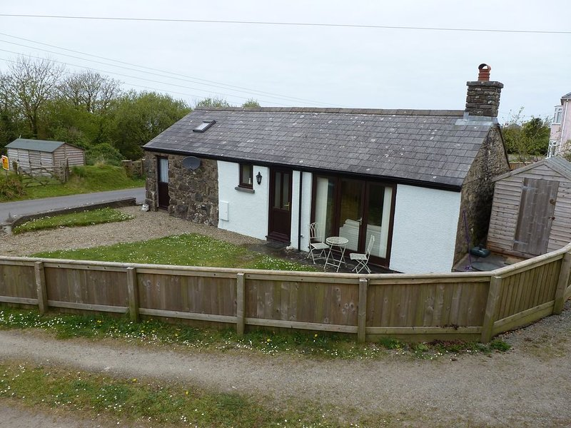 an attractive decent sized well located cottage all on one level