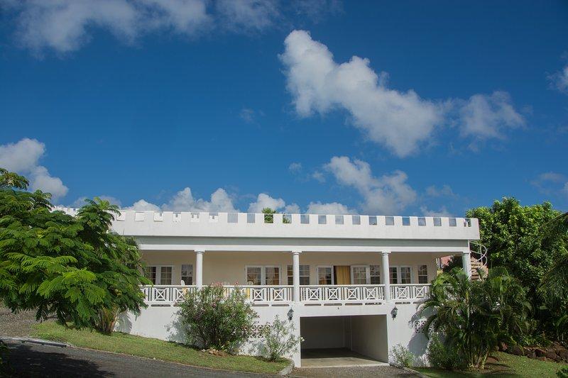 Castles in Paradise Villa 6, alquiler de vacaciones en Praslin Quarter