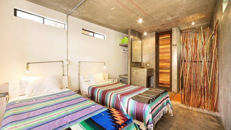 Room 4 - Perro Surfero Boutique Hotel, vacation rental in Todos Santos