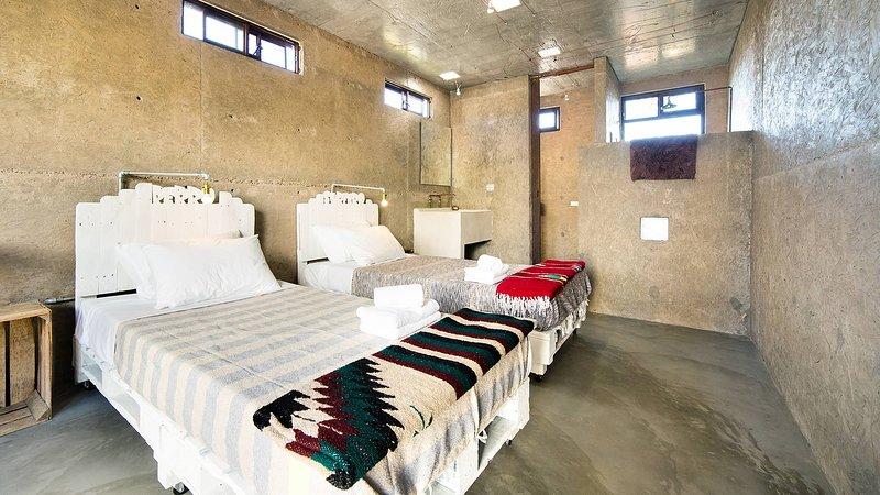 Room 6 - Perro Surfero Boutique Hotel, vacation rental in Todos Santos