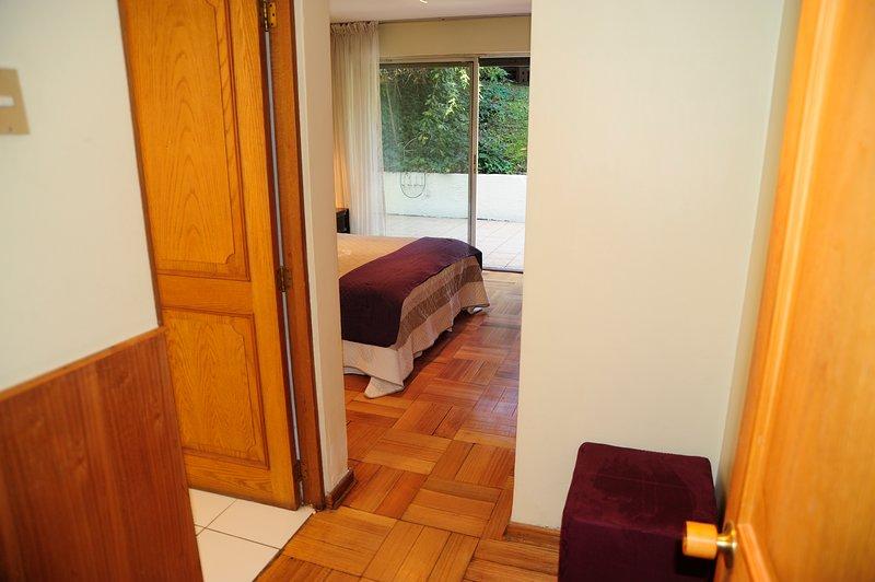 quarto duplo com casa de banho privativa e aquecimento / quarto de banho duplo com aquecimento