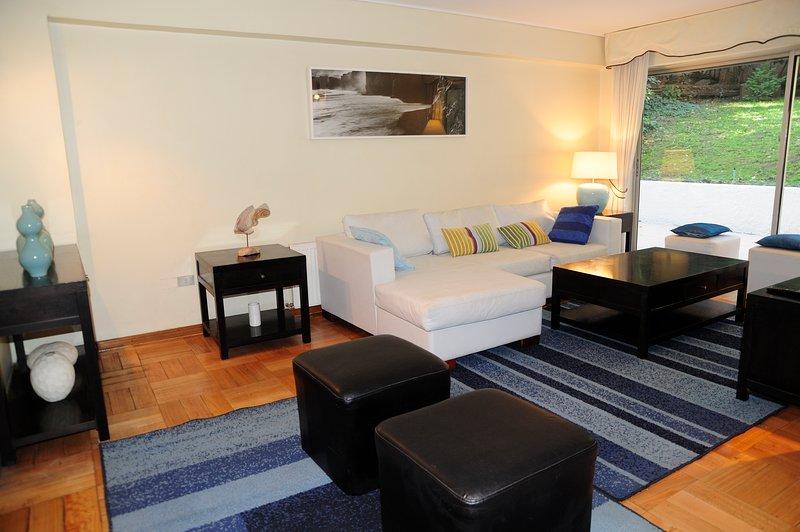 Sala de estar com sala de aquecimento / sala com aquecimento