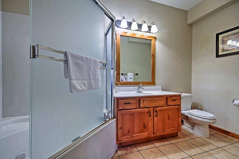 Après une journée de pêche, vous attendons avec impatience rafraîchi dans cette salle de bains.