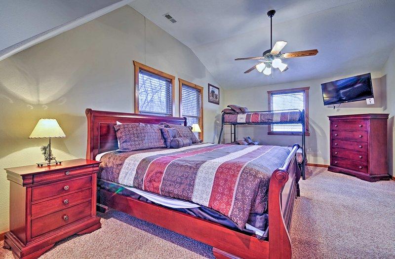 Vos petits seront à quelques pieds loin de vous comme ils dorment dans leur double sur plein de lits superposés.
