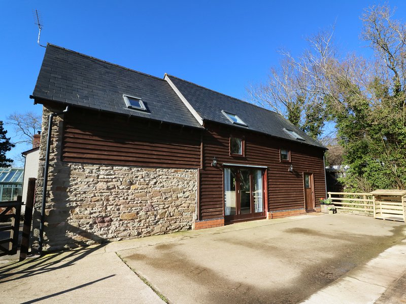 FILBERT, barn conversion, dog-friendly, open-plan living, Ref 975498, casa vacanza a Dilwyn
